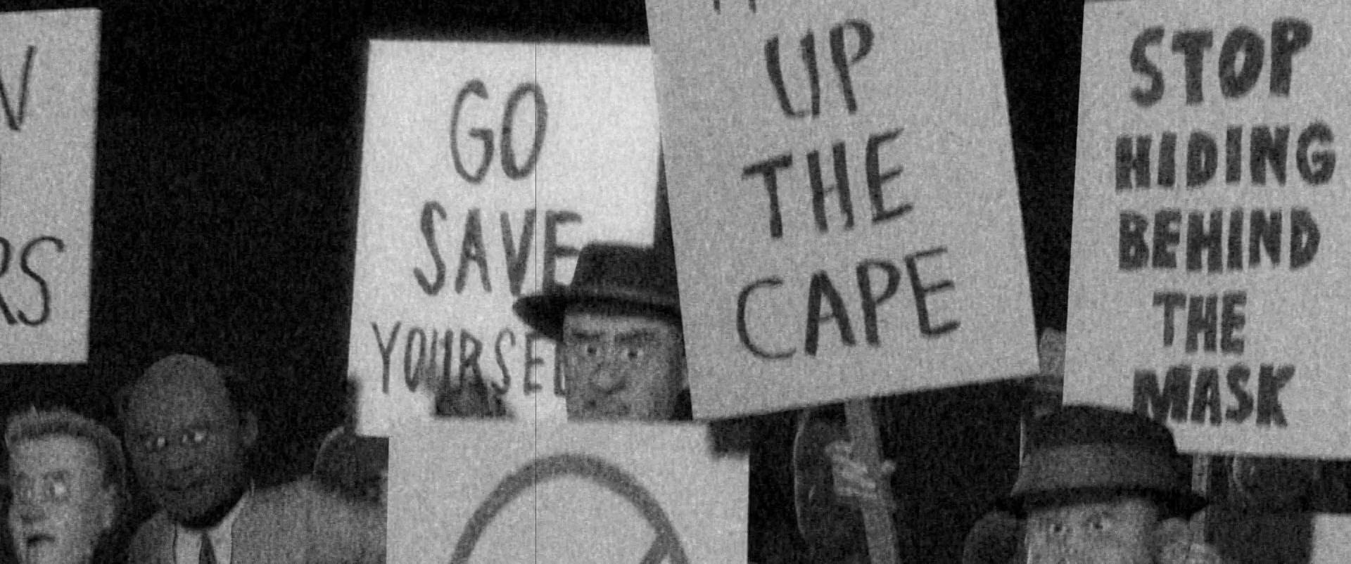 cidadãos protestam contra os Super-Herois em Os Incríveis